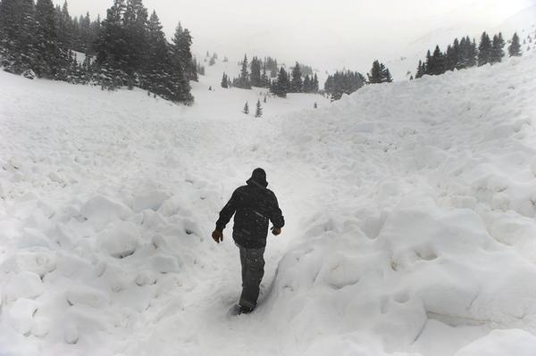 Avalanche Debris from the deadly avalanche on Saturday.  photo