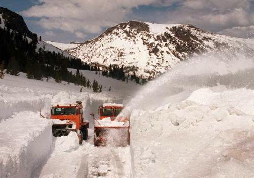 Tioga Pass being cleared by snow plows