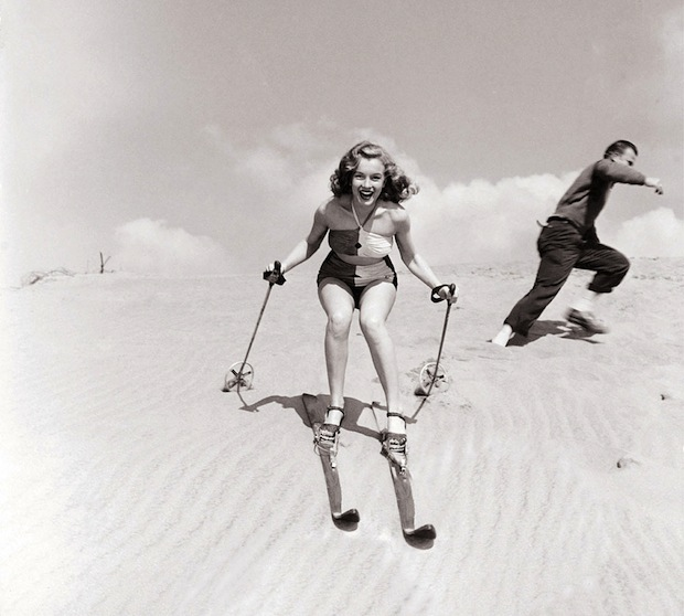 Marilyn Monroe skiing on sand in Nevada