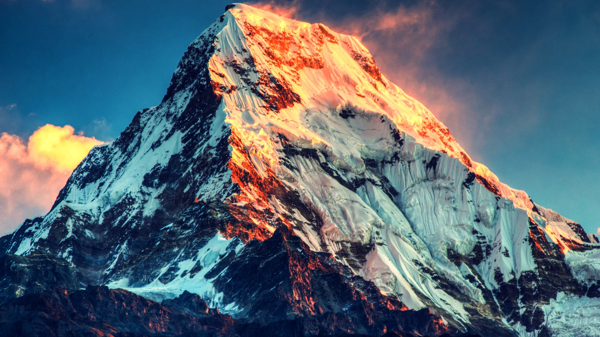 Mount Everest straddles the border of Tibet and Nepal.