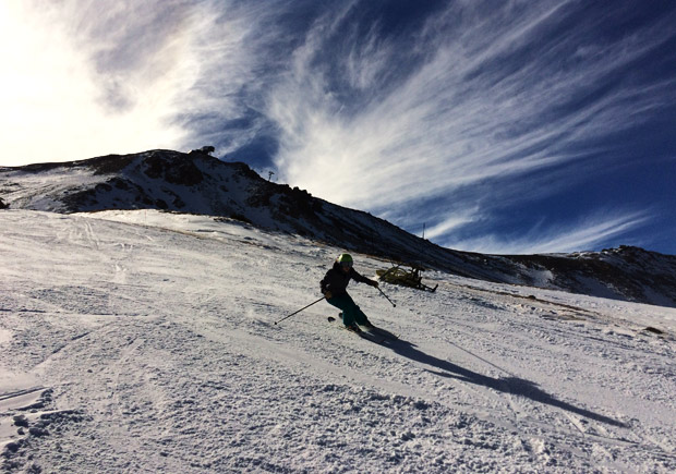 Michelle Delumyea getting her afternoon ski schralp on