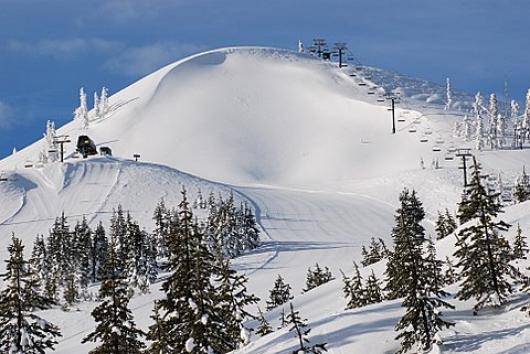 Hoodoo Ski Area, OR. photo: skiingthebackcountry.com