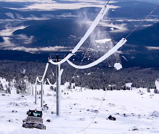 deicing ski lift