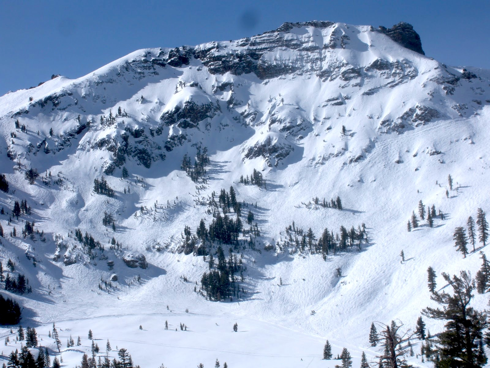 not enough snow @ kirkwood, ca = freeride world tour moved to