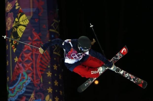 Maddie Bowman throwing down and winning big in Sochi
