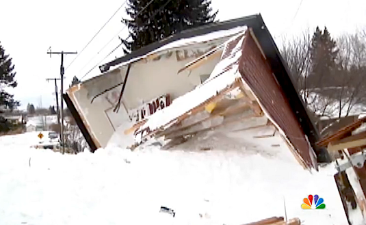 avalanche buries homes