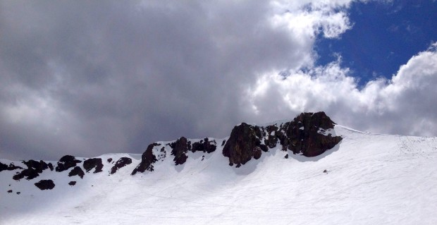 Palisades are hangin' in there.  Still plenty of snow up high at Squaw.