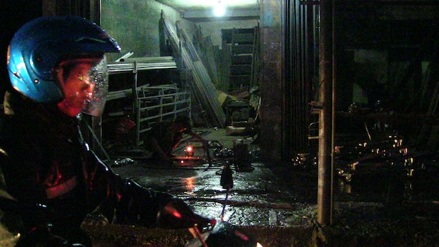 Rainy night welding.