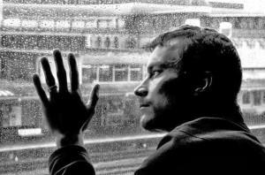 Sad-love-sad-boy-alone-man-alone-in-dark