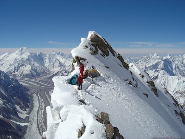 essay on mountaineering expedition Eric simonson, one of the world's top mountaineering expedition leaders and the author of two books about climbing mount everest, .