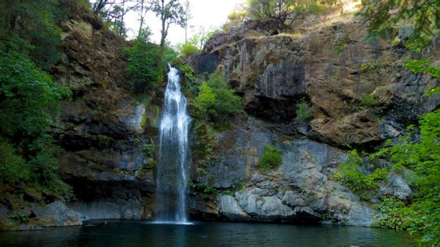 Potem Falls, California.