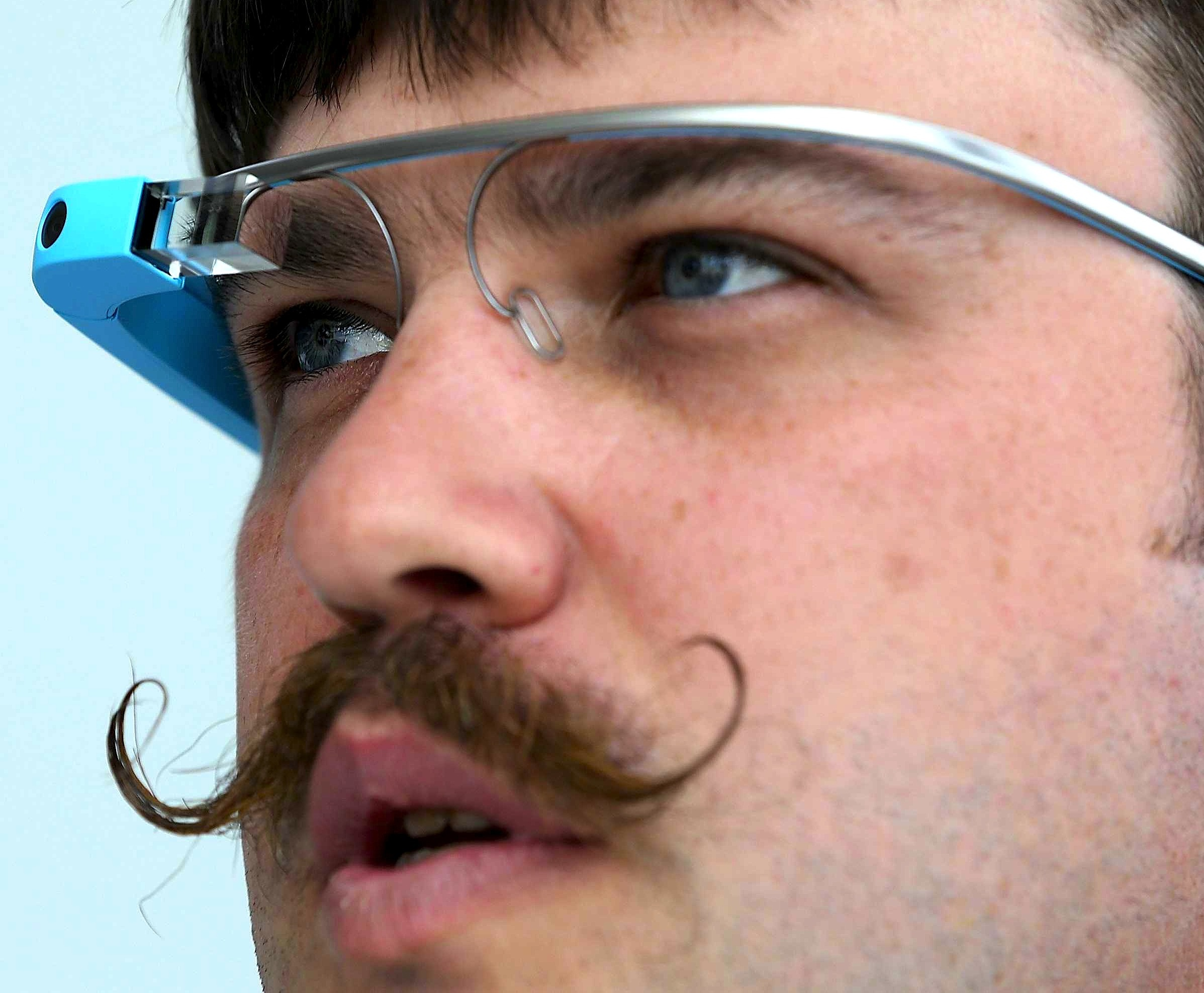 Bro!! Google Glass!!!