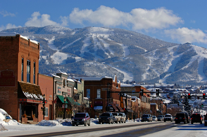 Steamboat Springs = Ski Town, USA