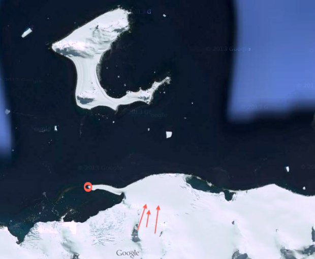 Half Moon Isle floating above Livingston Isle. Red circle = landing/pick up. Red arrows = lines skied.