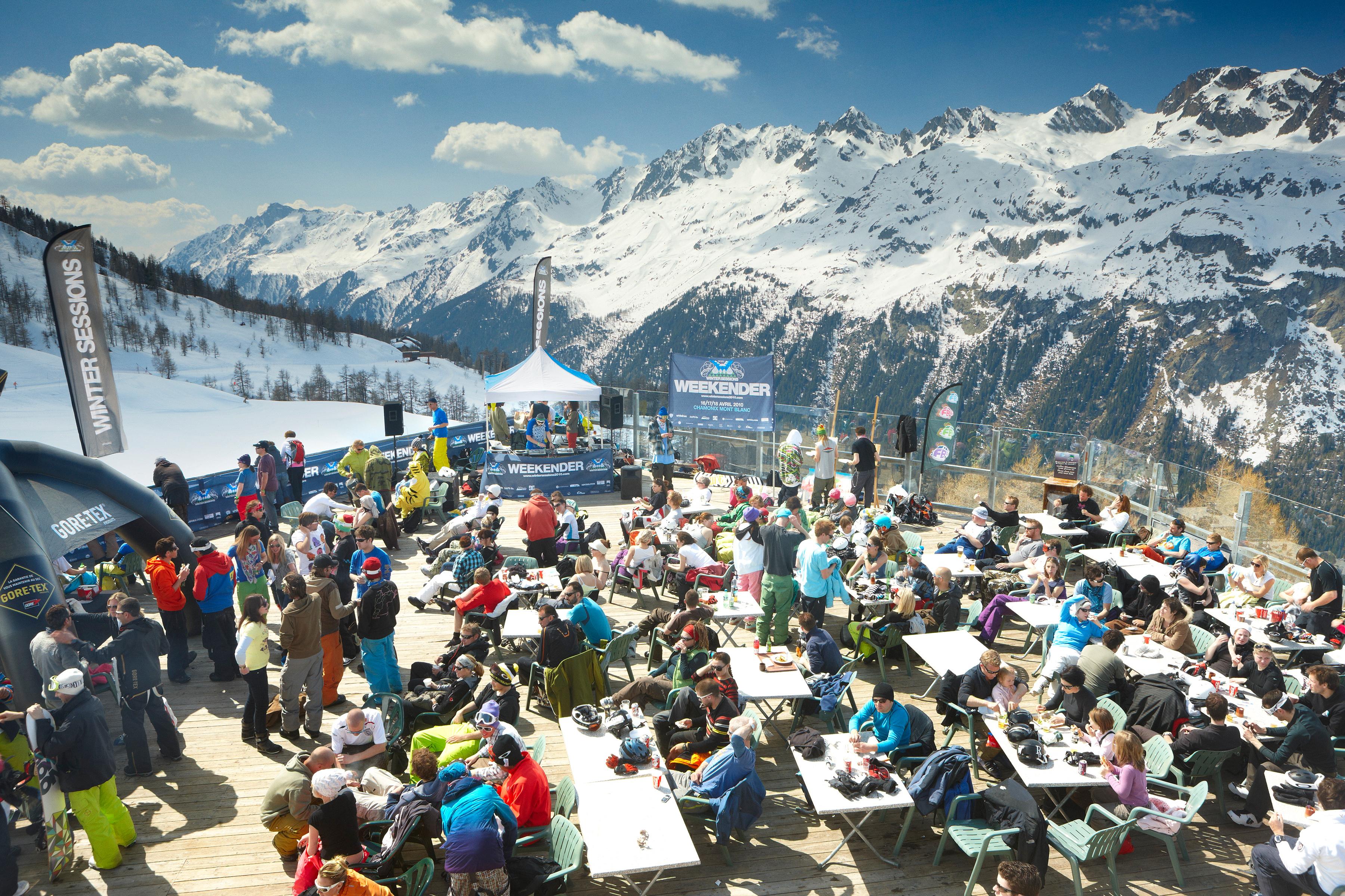 Vicious Aprés ski at Le Grand Montet, Chamonix, France.