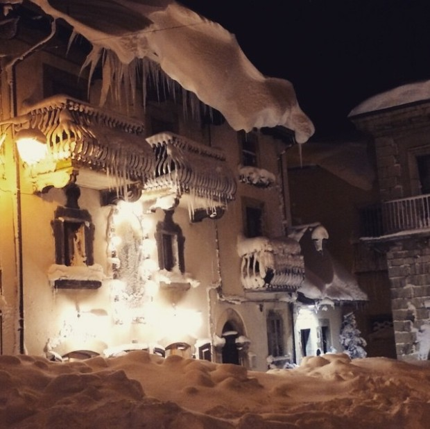 Nearby Pescocostanzo received 95 inches of snow.  photo:  Francesco Mammola