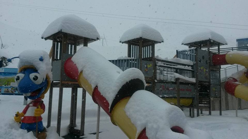 Even snow down low at HIntertux yesterday.