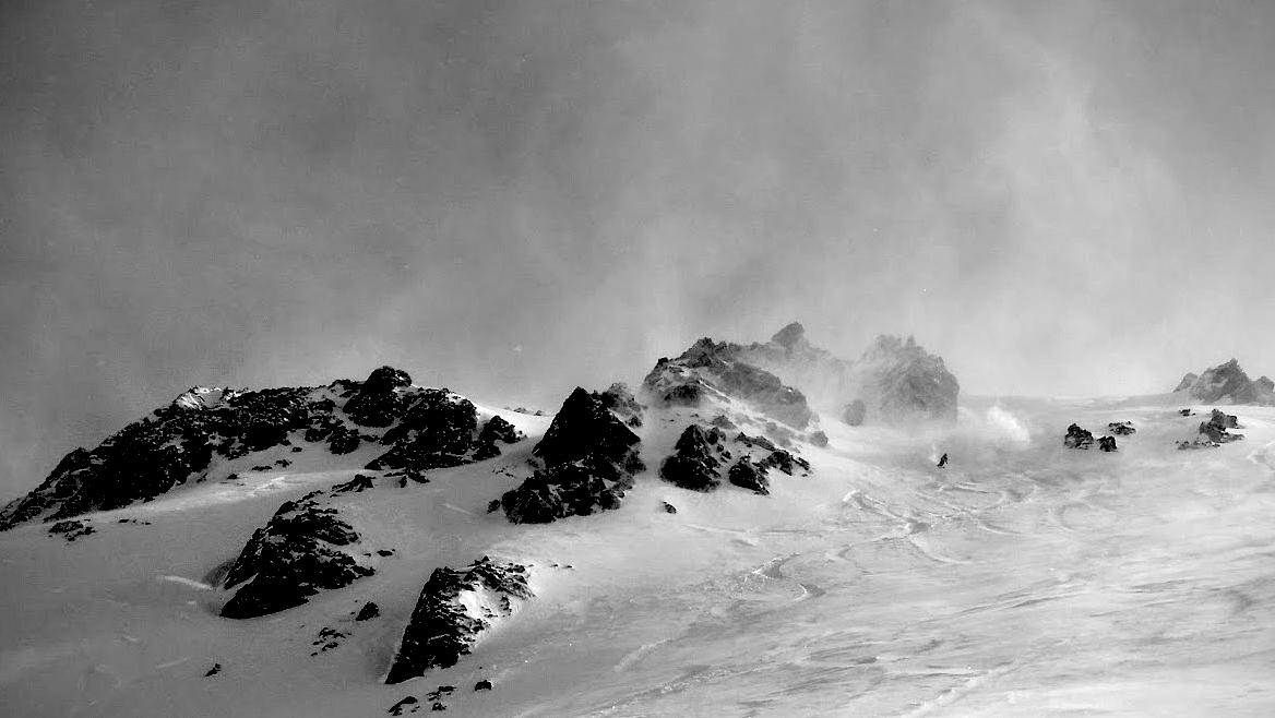 Stormy Nubes pow skiing