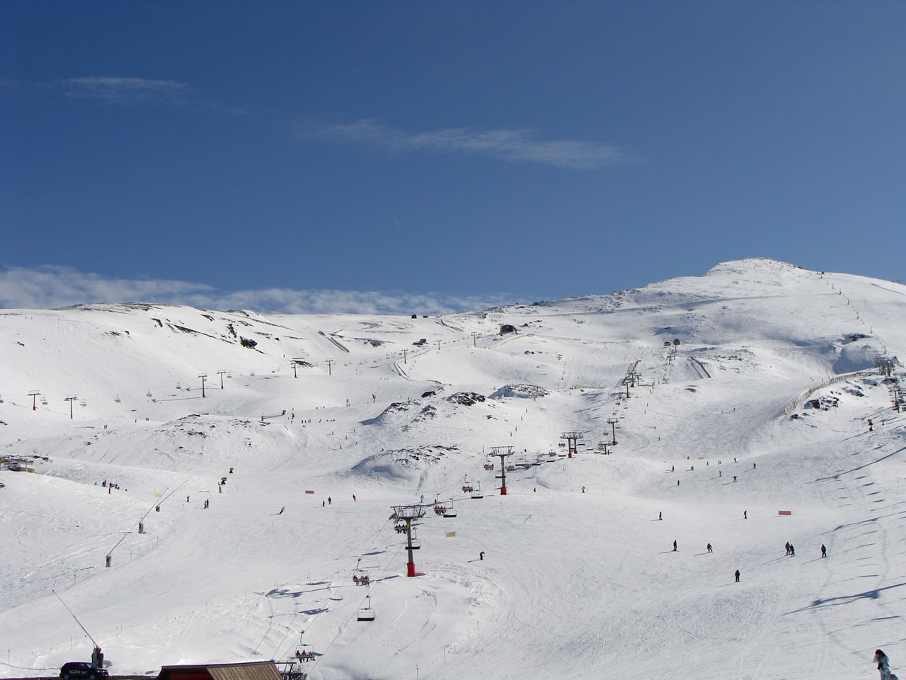 video: snowing in the sierra nevada spain today - snowbrains