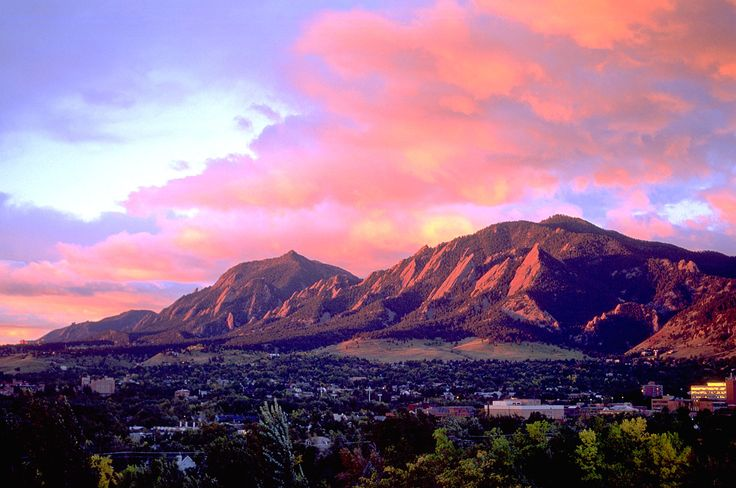 Free Solo Climber Falls Dies On Boulder Colorado S