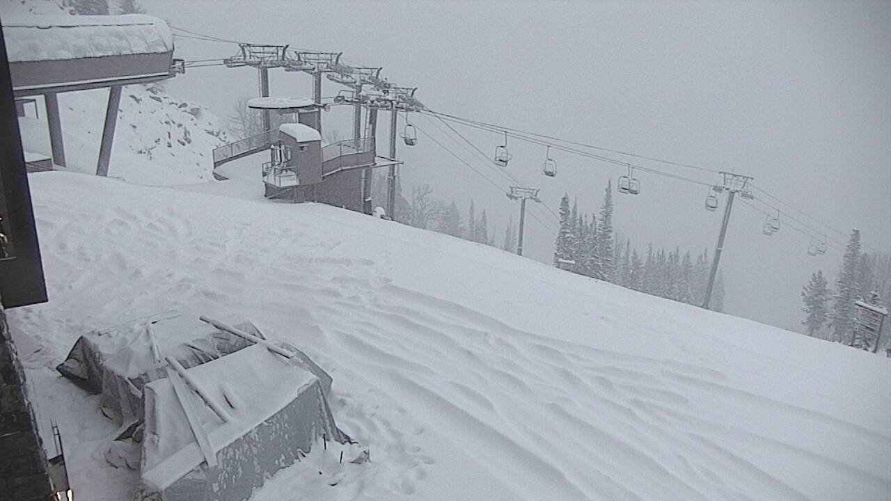 Noaa sleeper storm to drop 6 8 of snow on jackson hole for The deck jackson hole