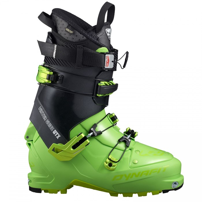 Top gun the 3 award winning ski boots of 2016 snowbrains Are we going to get snow this year 2016