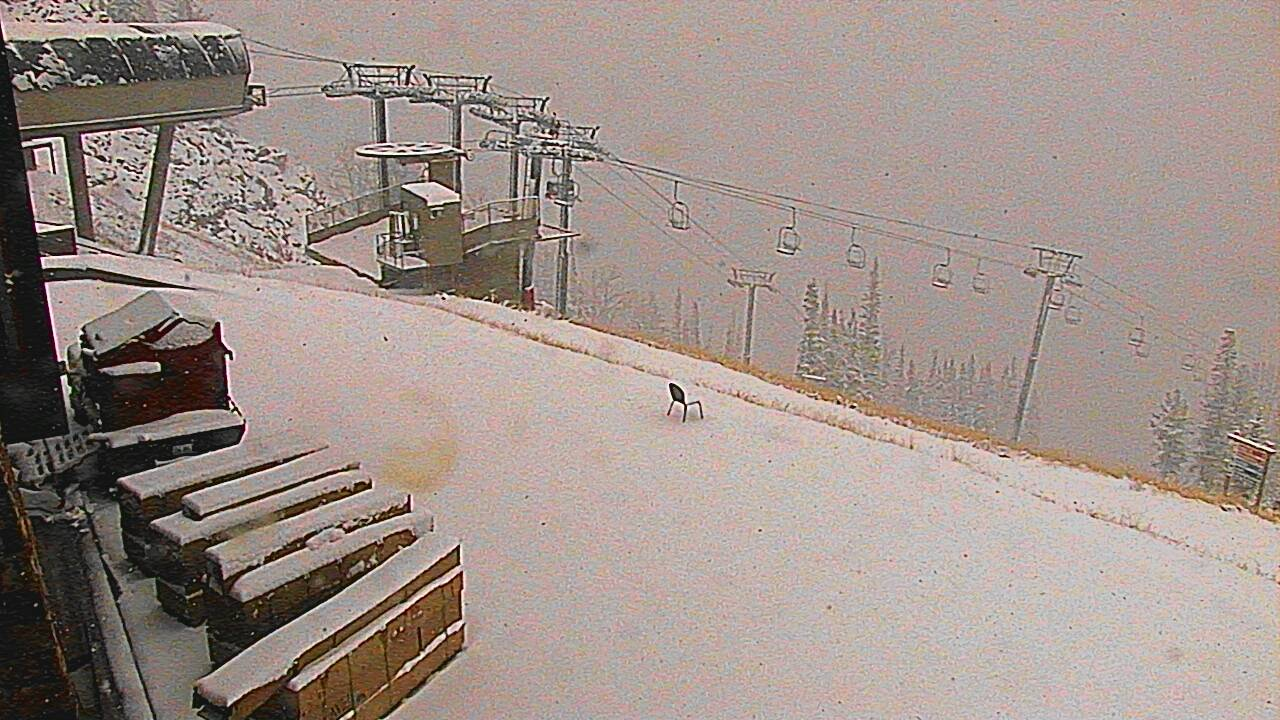 Noaa up to 25 of snow forecast for jackson hole wy next for The deck jackson hole