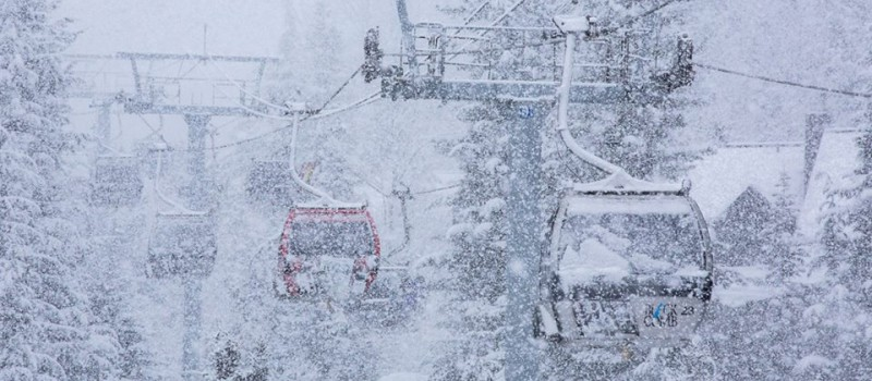 Whistler gondola on Jan. 17th, 2014. photo: mitch winton/coast mountain photography