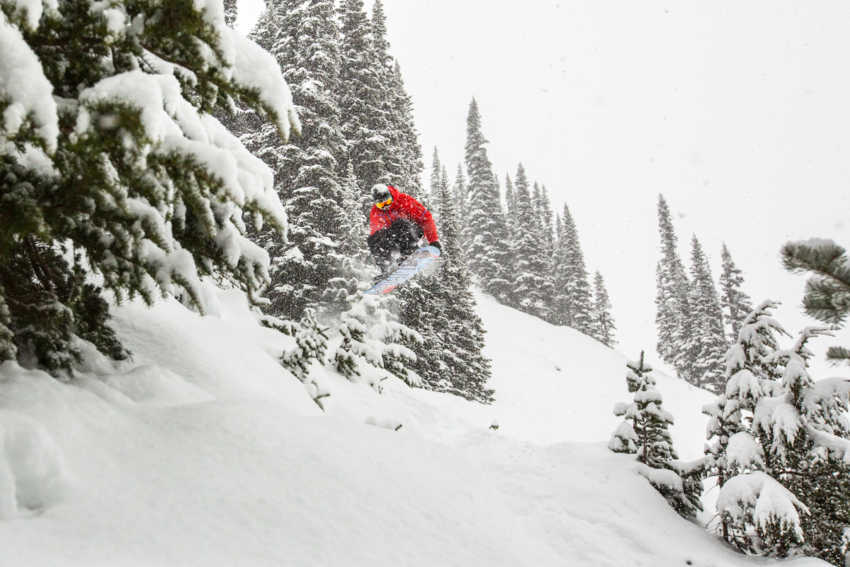 "Whistler just got 55"" (139cms) of snow in the past 7 days. Whistler has a 62"" (158cm) base right now and they've gotten 127"" (323cm) of snowfall this winter."