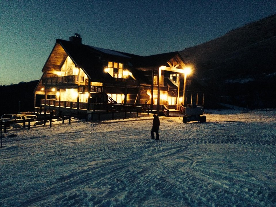 Cherry Peak Lodge at night. Photo: Cherry Peak Resort