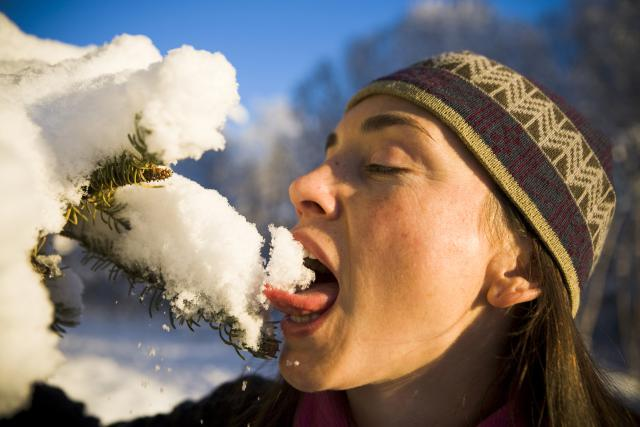 Eating snow? Maybe you shouldn't... photo: chemistry.about.com