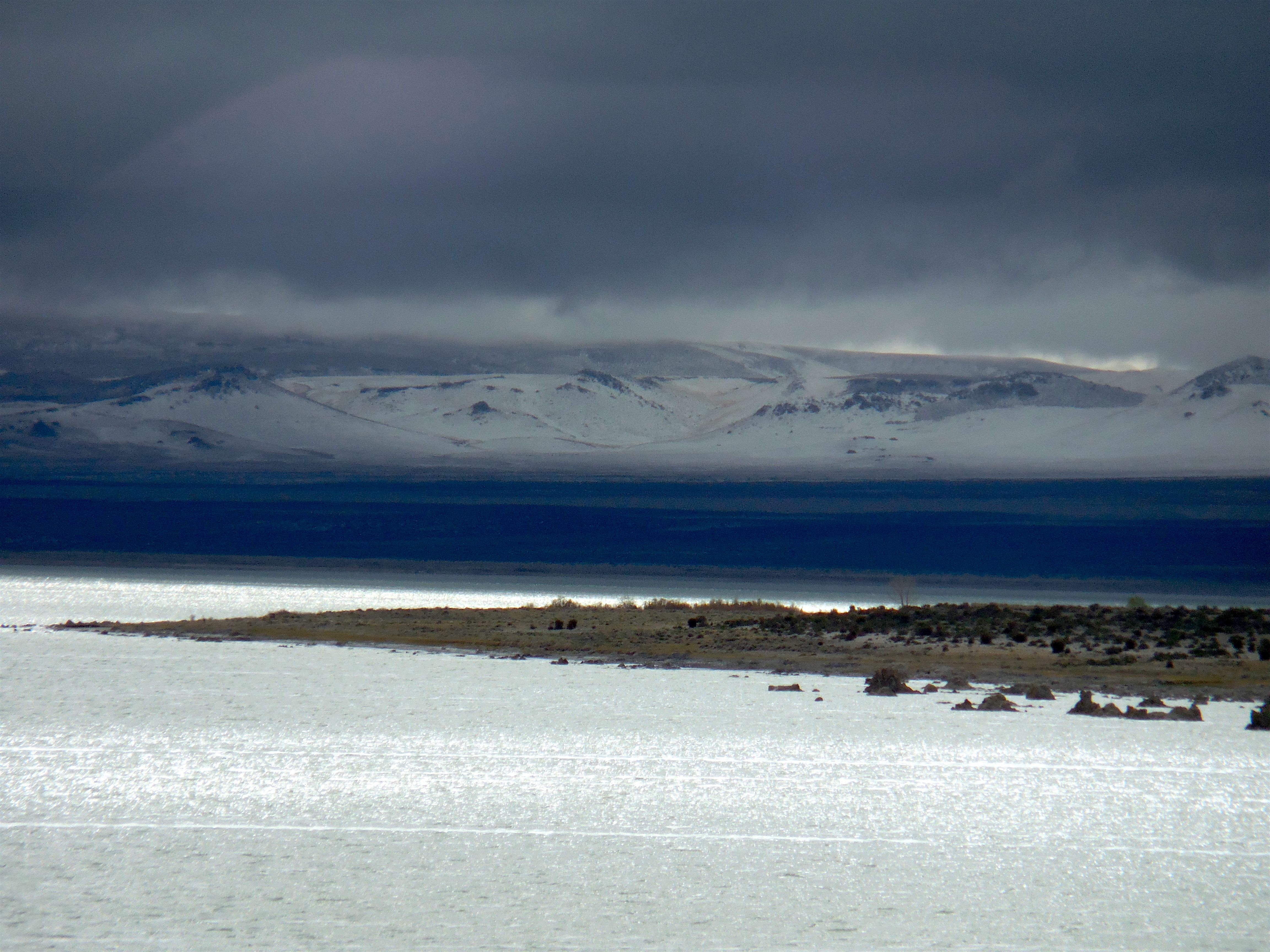 Mono Lake on Saturday morn. photo: miles clark/snowbrains