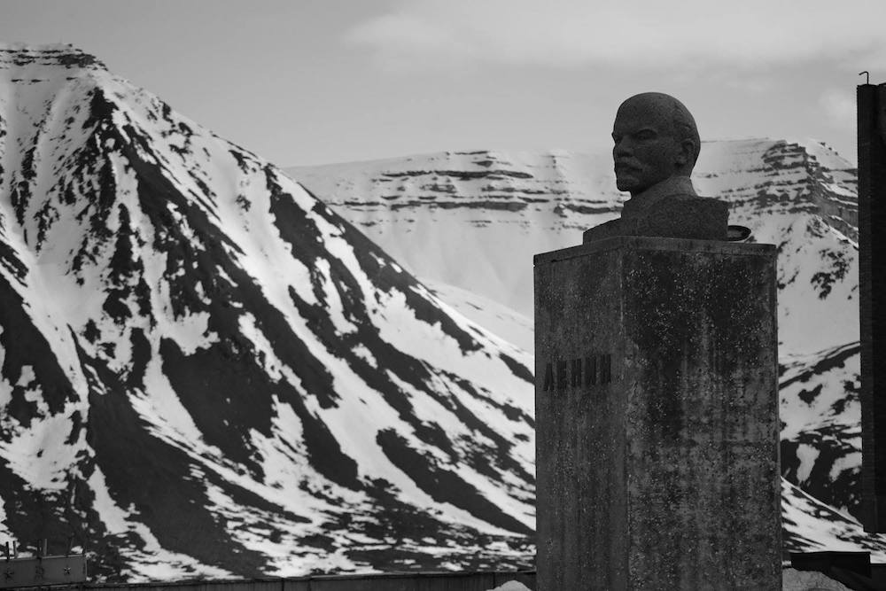 Lenin rules Pyramiden. photo: paul