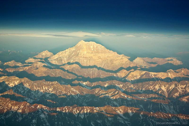 Aconcagua is so big, it looks fake... image: