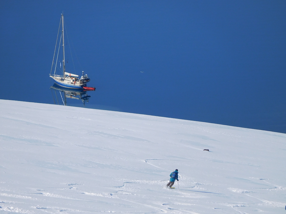 Matt cruising down to the Arctica II. photo: snowbrains