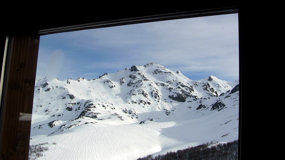 The views from the main lodge are amazing. photo: snowbains