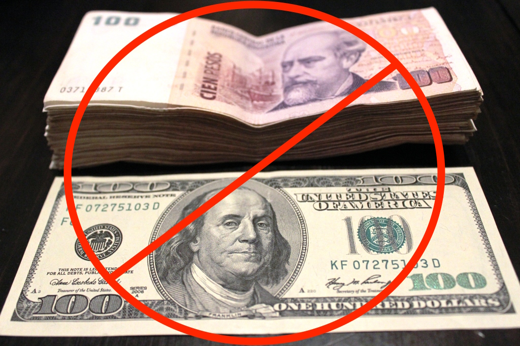 In 2017 1 Usd Was Worth 8 5 Argentine Pesos But On The Black Market
