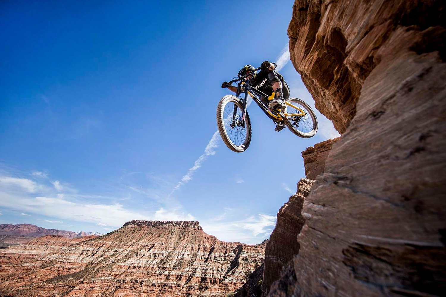 Red Bull Mountain Bike >> Red Bull Rampage 2016 World S Hardest Mountain Bike Race