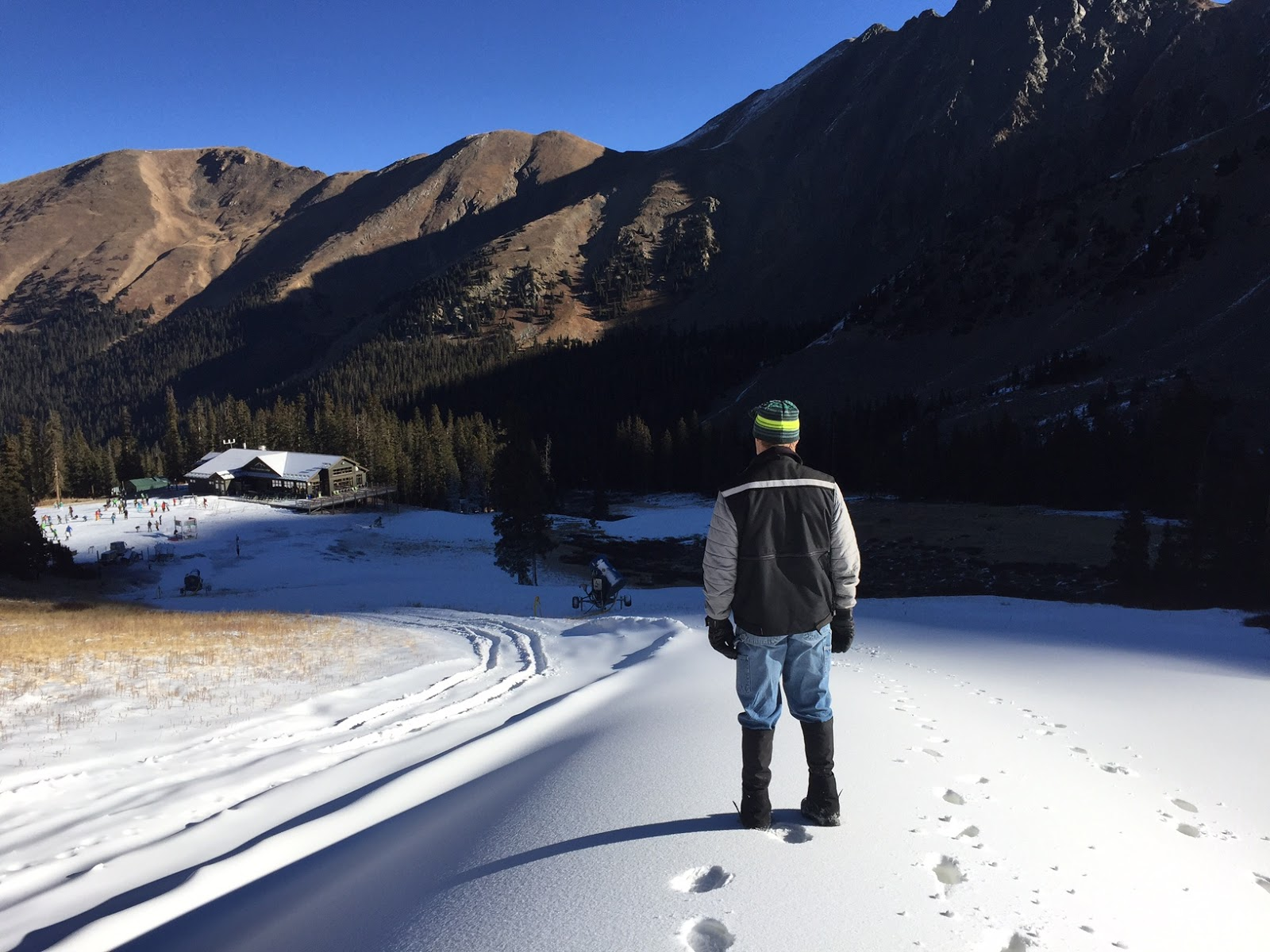 Alpine ski resorts plagued by lack of snow - Arapahoe Basin Is Working To Open The Upper Mountain As You Can Tell From Conditions On