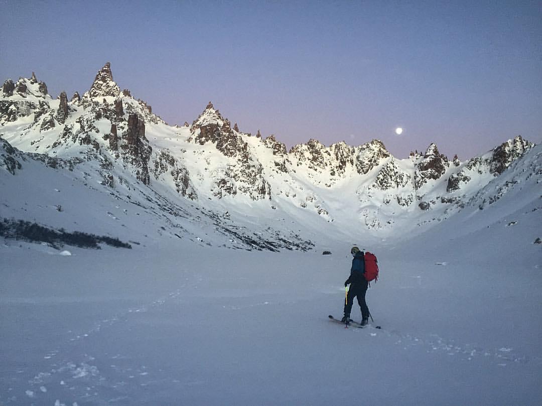 Moonset over Refugio Frey