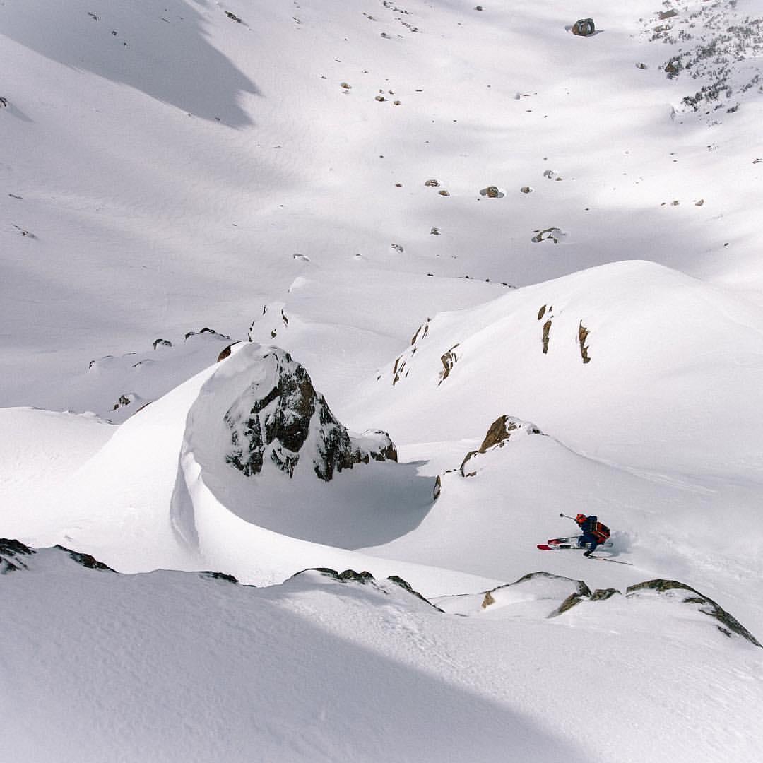 Skiing from Refugio Jakob