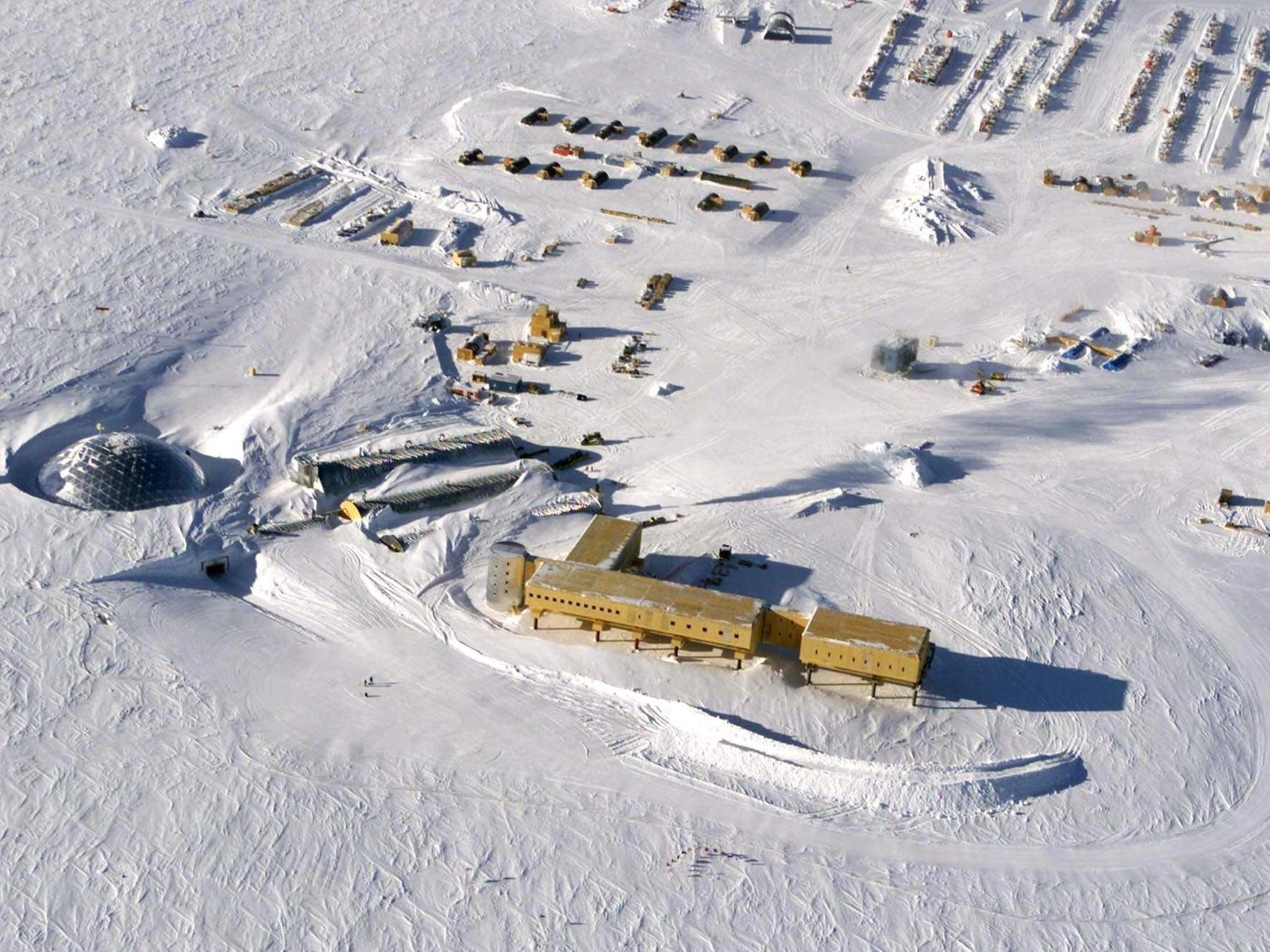 The U.S. Amundsen-Scott South Pole Station in Antarctica. PC: David McCarthy