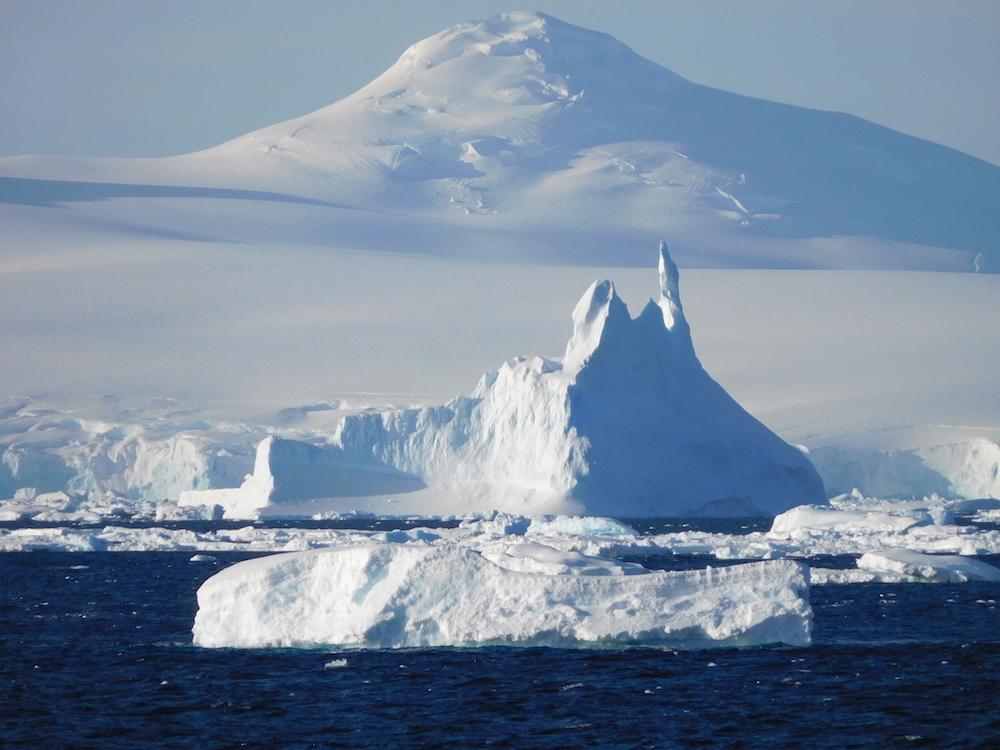Iceberg spires. image: miles clark