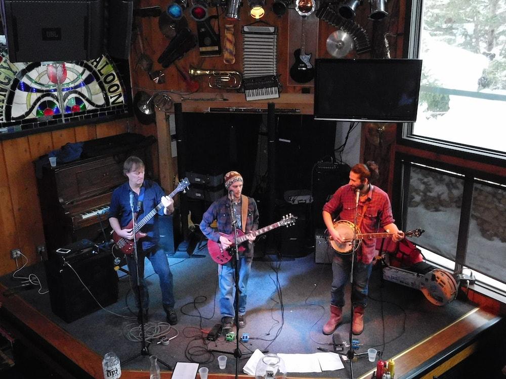 """Ripping band, """"Bob Dog"""" at the Mangy Moose today. photo: snowbrains"""