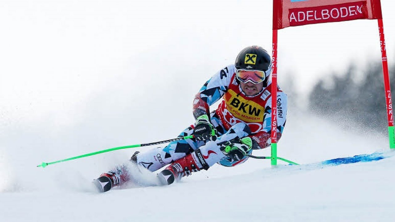 Marcel Hirscher of Austria in action during the Audi FIS Alpine Ski World Cup Men's Giant Slalom on January 07, 2017 in Adelboden, Switzerland (Jan. 6, 2017 - Source: Alexis Boichard/Agence Zoom/Getty Images Europe)