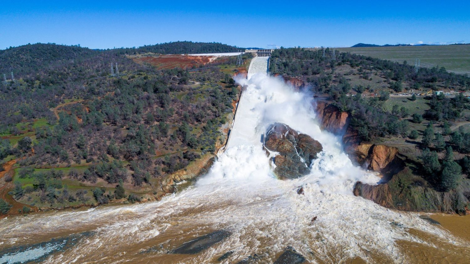 Emergency Evacuation Issued for Oroville Dam, CA Area Due to