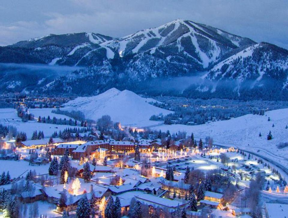 Snowboarder Dies At Sun Valley After Falling Into A Tree