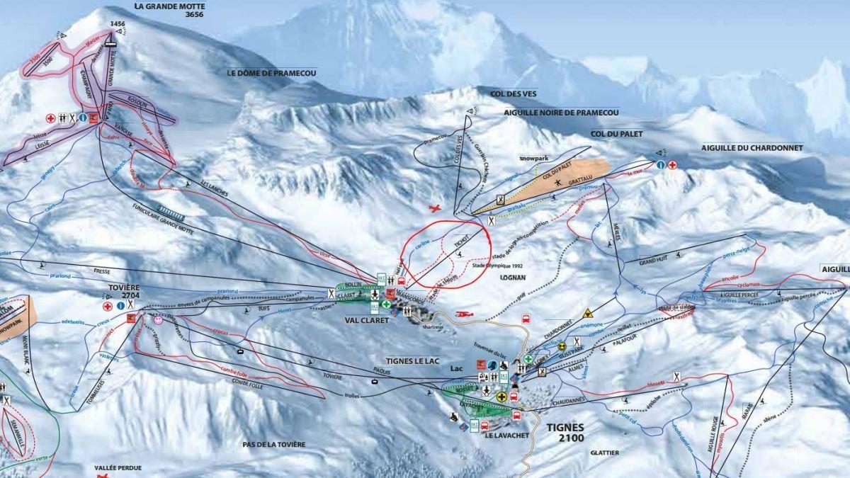Avalanche crosses the piste at Tichot Tignesnet.com