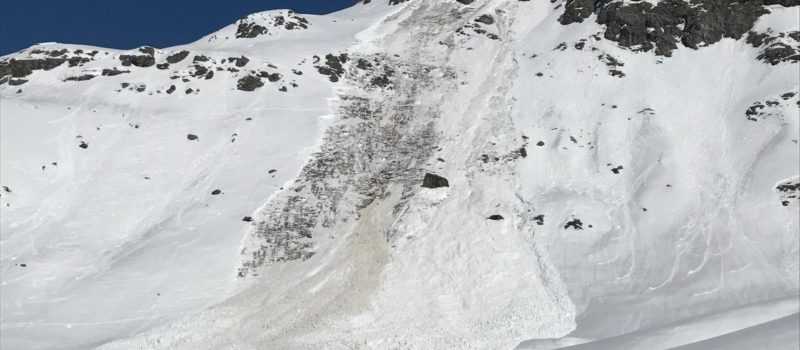 women tourers, killed, avalanche, French alps