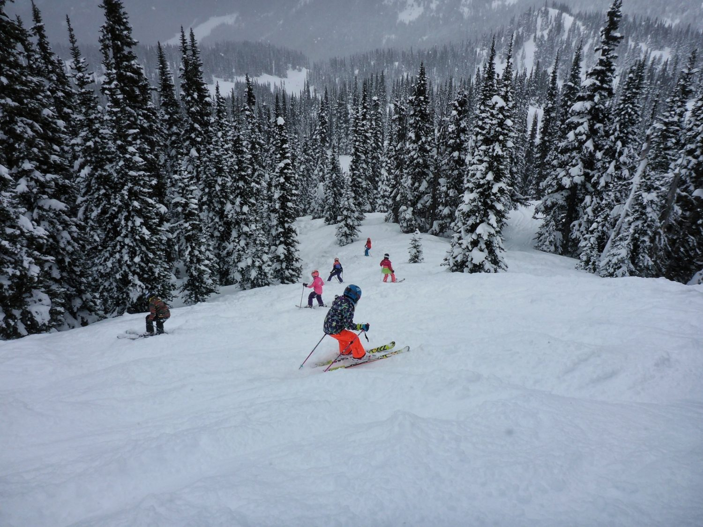 Kids skiing, shejumps, crystal mountain